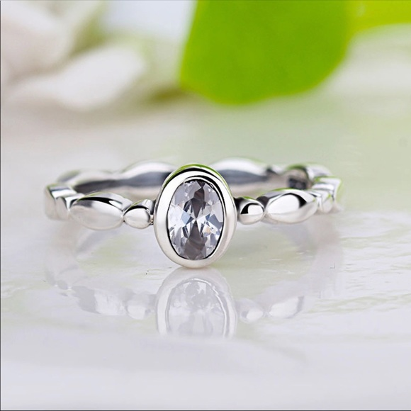 PANDORA OVAL GLASS DROPLET RING WITH BOX